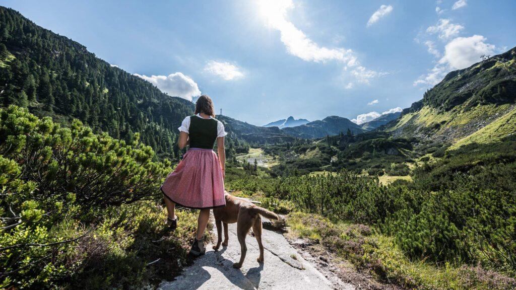 wandern mit hund sommer weissee
